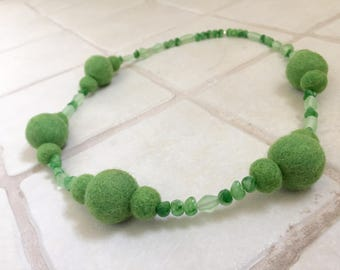 Green Felted Wool Necklace and Earrings Set