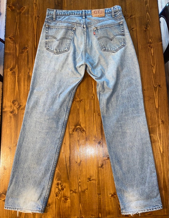 LEVIS, Vintage Made in USA Levi's 505s! - image 4