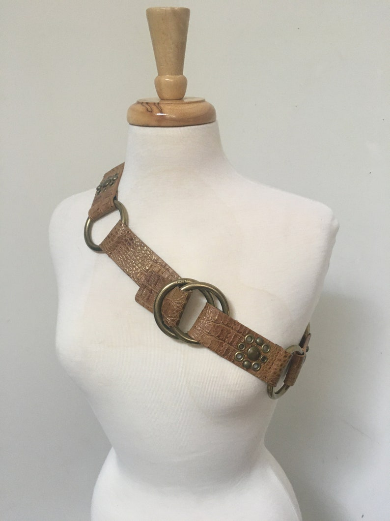 Vintage Guess belt