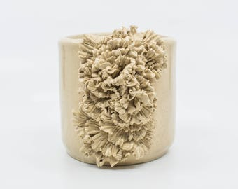 Ruffle Ceramic Pot