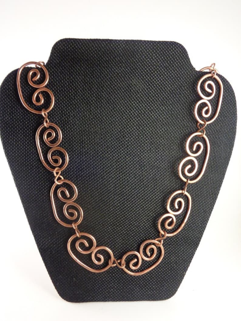 Handmade Curled Necklace Inspired by Pablo Picasso Model