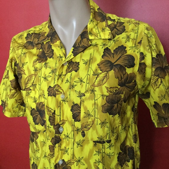 Vintage Hawaiian shirt, Blocks label, yellow and b