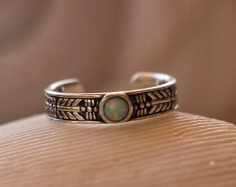 Opal Toe Ring - Laurel Pattern - 925 Sterling Silver - Silver Toe Ring - Adjustable - Blue Opal - Silver Toe Ring - Lightning Ridge