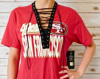 NEW San Francisco 49ers Lace-Up Tee (M)