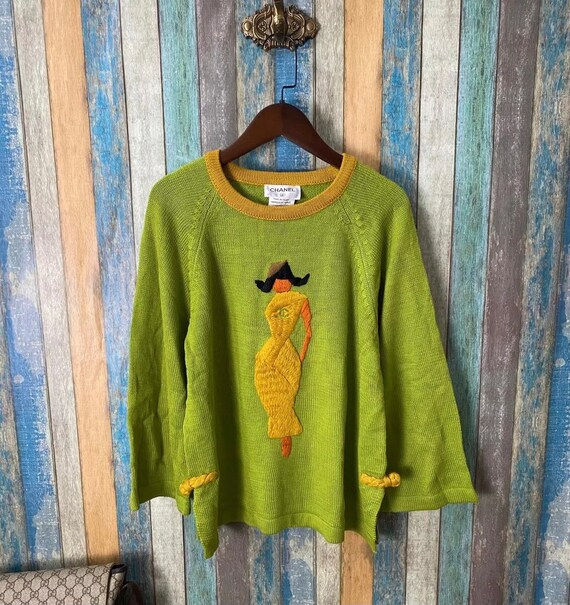 Vintage Chanel lady round neck sweater 1995