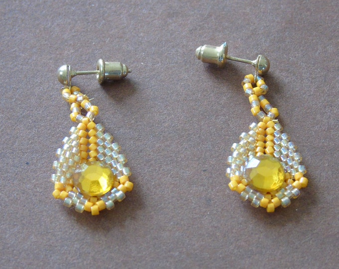 Earrings #white iridescent yellow #3 cm