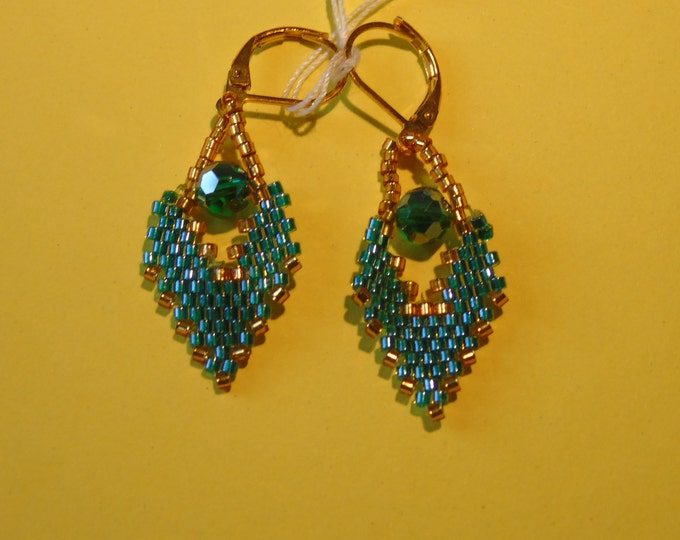 Emerald green-gold earrings with # emerald green #glass cut stones and #golden burrs