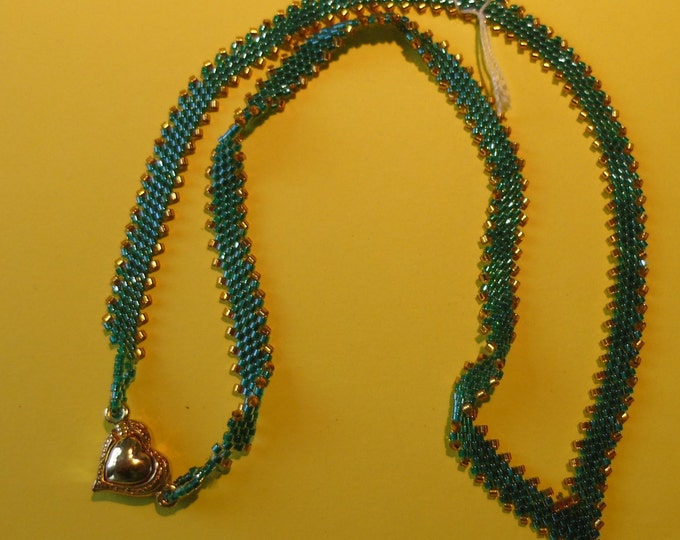Necklace # emeraldgreen-gold with #magnetic clasp # 47 cm