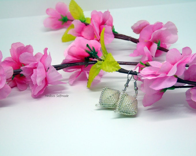 Earrings # white-silver 5.5 cm
