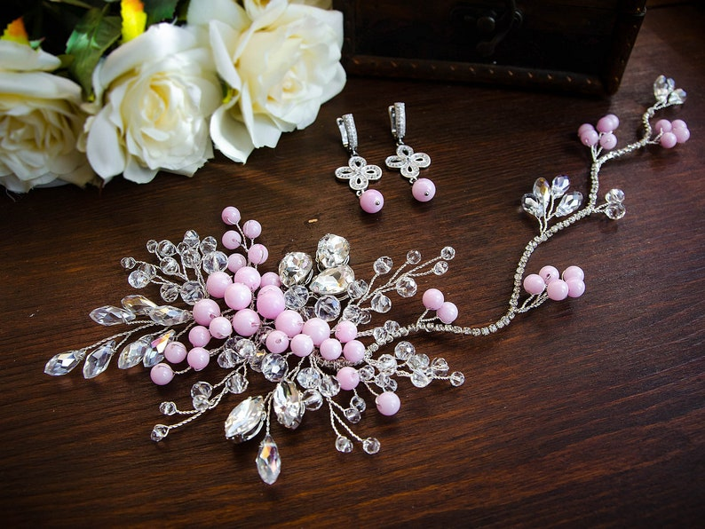 Bridal pink set for brides Bridal rose quartz vine Pink earrings Head wreath for bride graduation accessories Crown and Earrings for bride
