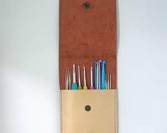 Leather crochet hook holder, Clover Amour crochet hook case, Large crochet hook case, crochet hook organizer, hook holder, crochet hook case