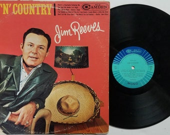 Vintage 1964 Vinyl Record Album by Jim Reeves titled Good 'N' Country