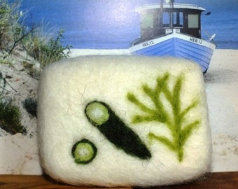 Cucumber algae soap felted in sheep's wool