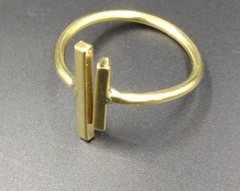 Two lines brass ring.