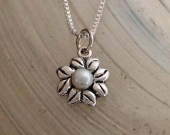 Sunflower pearl pendant - Silver flower pendant with white pearl, Dainty silver sunflower pendant, Delicate flower penant, Handmade #131