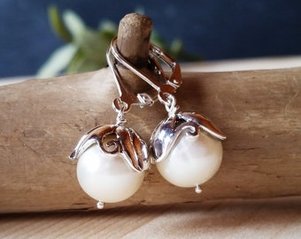 Silver Solitaire Pearl Earrings, Sterling silver dangle earrings with white pearls, Floral lace pearl earrings, Handmade, Earrings #804
