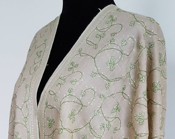 Floral Embroidery Scarf - Beige