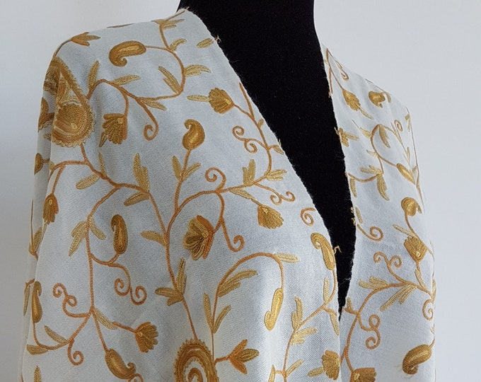 Field of Paisleys Scarf - Meringue Gold