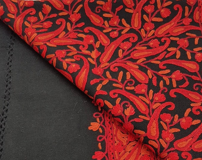 Andalusia Scarf - Red on Black