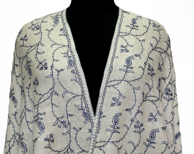 Almond Floral Embroidery Scarf - Regal White