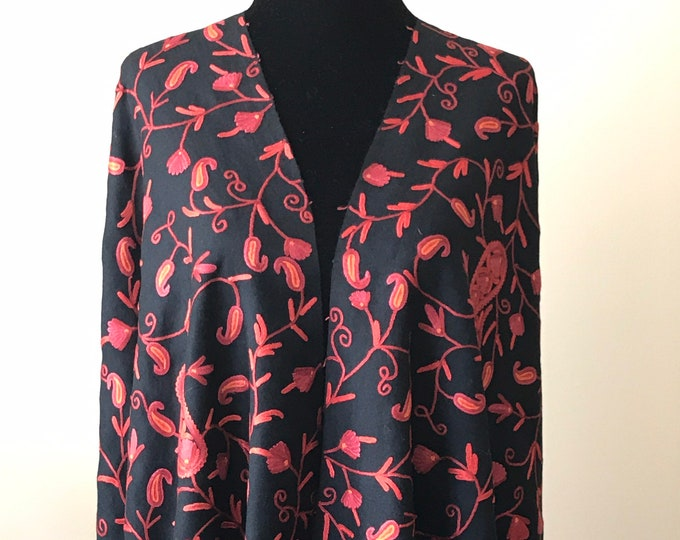 Jacqueline Paisley Scarf - Black Red