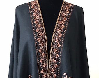 Shiraz Regal Motif Scarf - Black