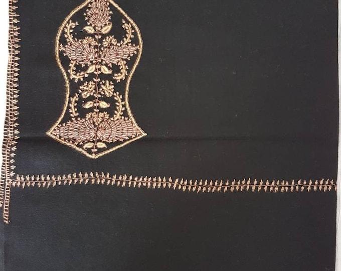 Zayn Sandala Shawl - Black with Beige Threads