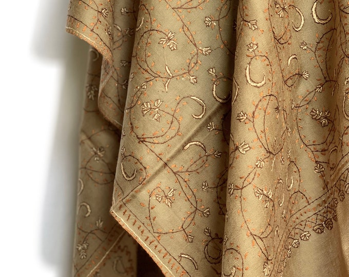 Floral Embroidery Scarf - Brown