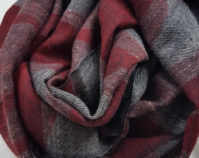 Diamond Handloom Cashmere Scarf - Red Black Shades
