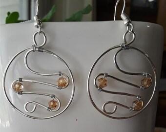 Center Wave Hoop Earrings