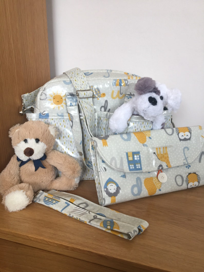 Baby bag and changing mat
