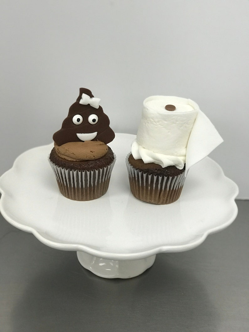 6 Pack TP and Lilypoo Cupcakes image 0