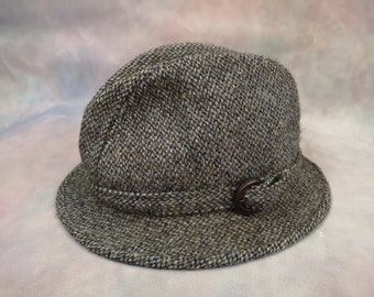 e276cdfe718a5 Vintage Harris Tweed Walking Hat. Country Classic. Heritage. Size 56. Fedora.  Hunting. Fishing.