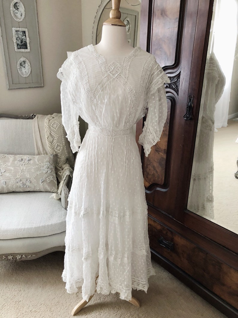 a407bd12e1 Stunning Antique Edwardian lace Cotton lawn dress romantic   Etsy