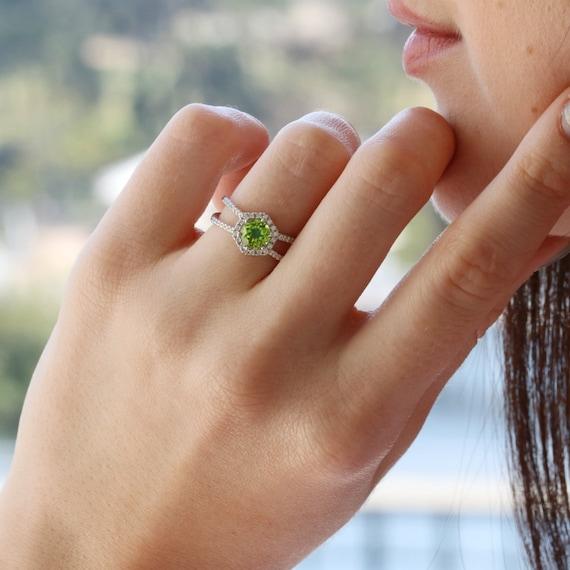 Hexagon Peridot Sterling Silver 925 Ring