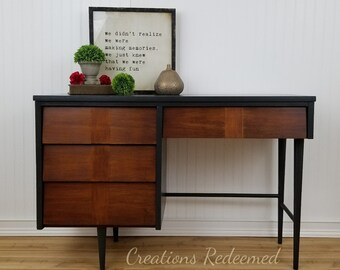 Gray MCM Desk / Mid Century Desk / Solid Wood Desk / Office Desk / Painted  Desk / Painted Furniture / Mid Century Office / MCM Desk