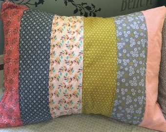 Grandma's clothesline quilted pillow sham