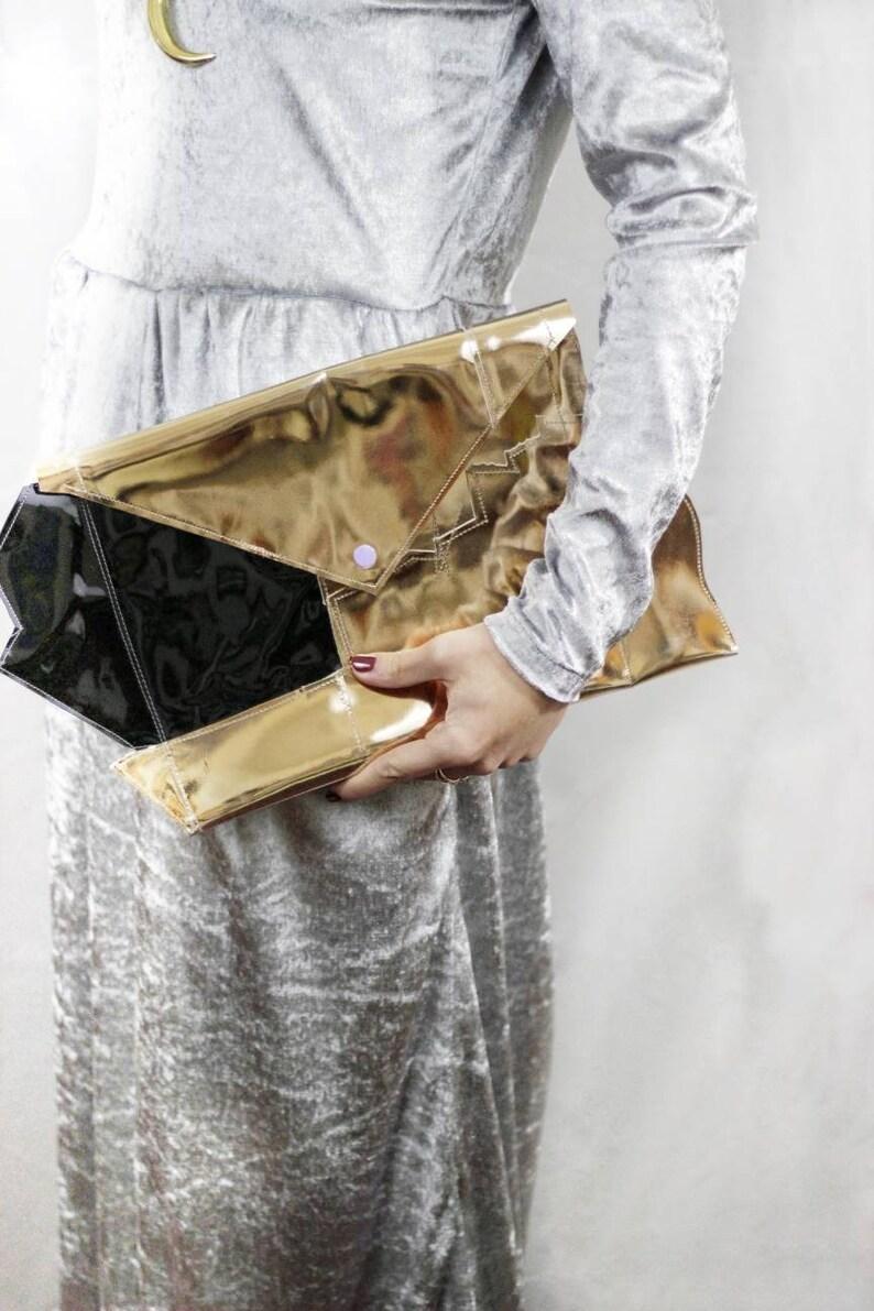 a507776334 Pochette patchwork in pelle oro e nera. Borsa da sera in pelle | Etsy