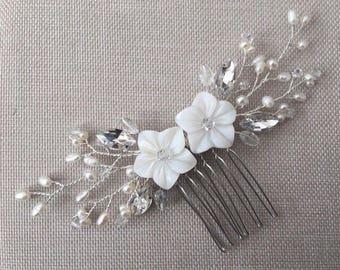 Bridal hair comb, pearl hair comb, bridal headpiece, bridal, hair comb