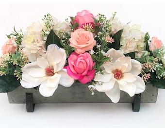 Floral Arrangement/Floral Table Centerpiece/Spring Table Decor/Spring Floral Decor/Spring Centerpiece/Floral Centerpiece/Rustic Spring Decor