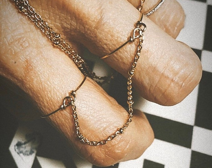 "Double ring ""Wire chain"""