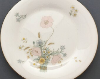 Royal Doulton Flirtation Tea / Side Plate