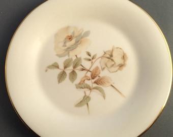 Royal Doulton Yorkshire Rose Tea / Side Plate