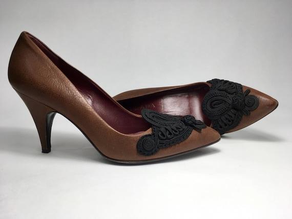 90s Prada Italian Leather Pumps With Intricate im… - image 1