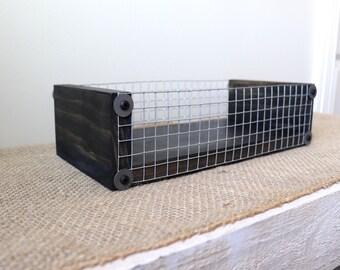 Black Tray with Chicken Wire, Box Centerpiece Tray, Rustic Wood Tray, Black Vanity Tray, Black Farmhouse Tray Box, Rustic Black Valet Tray