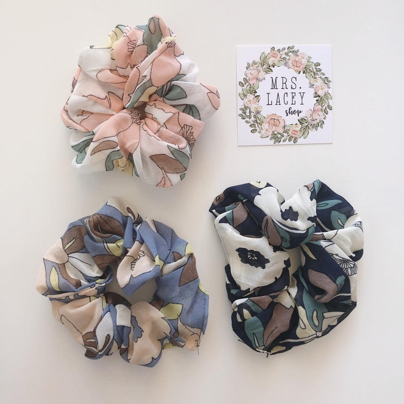 Chiffon Floral Scrunchies image 0