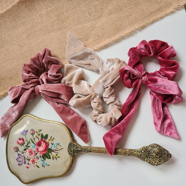 Velvet Bow Scrunchies Bow Scrunchie image 0