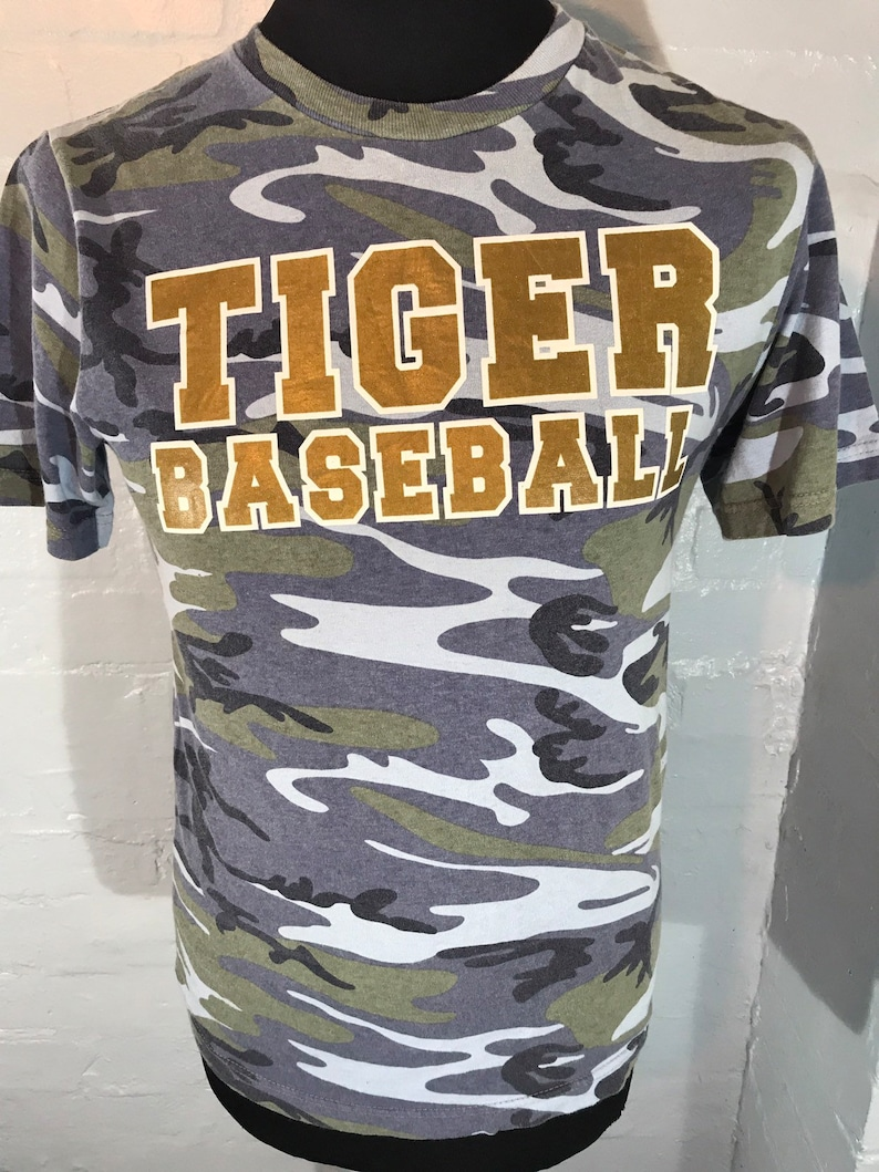Vtg tee blue camo tee  Tiger Baseball