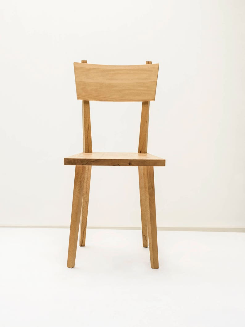 Wooden chair  202 image 0