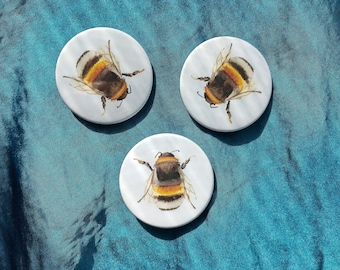 Bumble bee badge (3 pack)